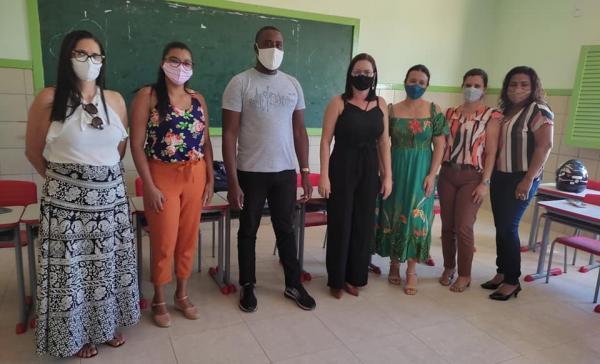Matina reúne comitê local do PAR e faz diagnóstico da educação.